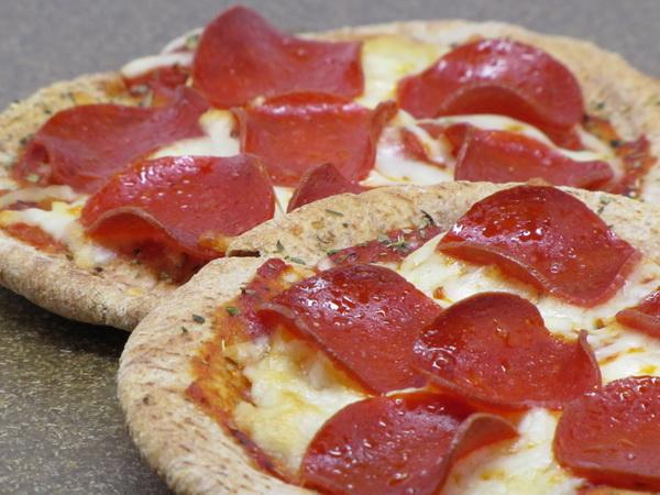 Pita Pepperoni Pizza