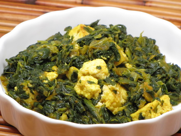 Homemade Cheese with Curried Spinach