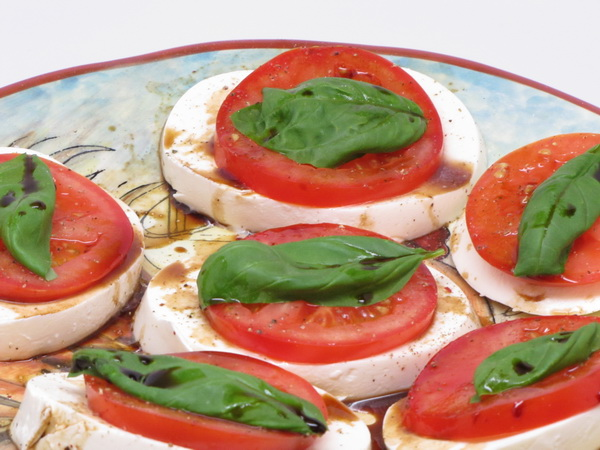 Mozzarella and Tomato with Balsamic Vinegar