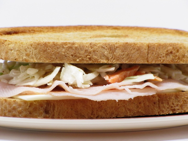 Turkey Slaw-Wich