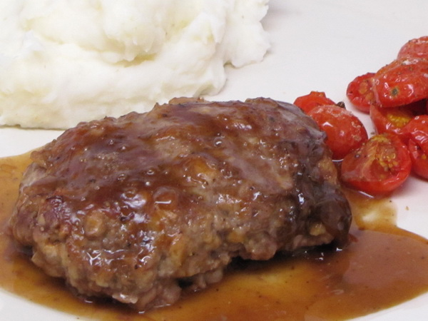 Salisbury Steak | 400 Calories or Less