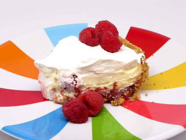 Raspberry Lemon Cream Pie