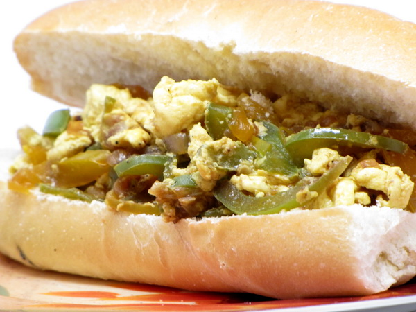 Pepper and Egg Sandwiches