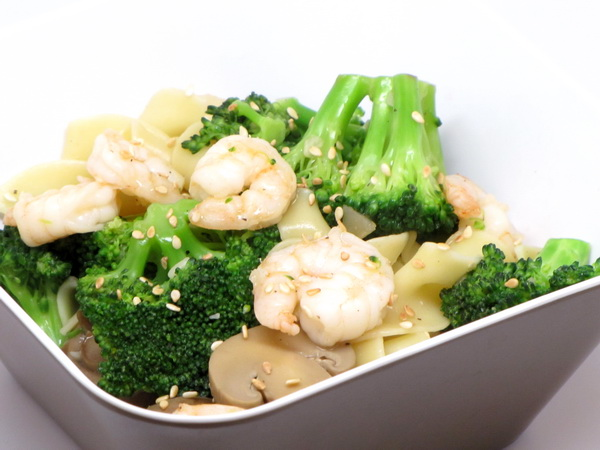 Sesame Shrimp and Broccoli Stir Fry