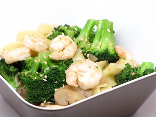 Sesame Shrimp and Broccoli Stir Fry