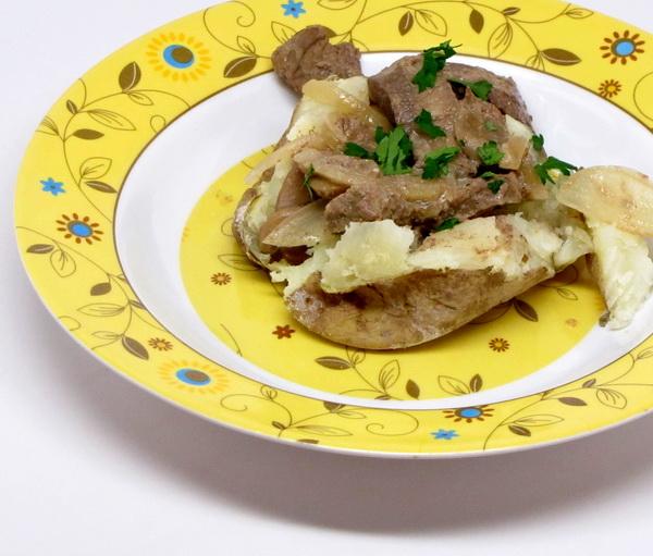 Beef Stroganoff Topped Potatoes (Crock Pot)