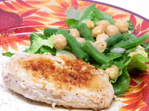 Chicken Cutlets and Bean Salad