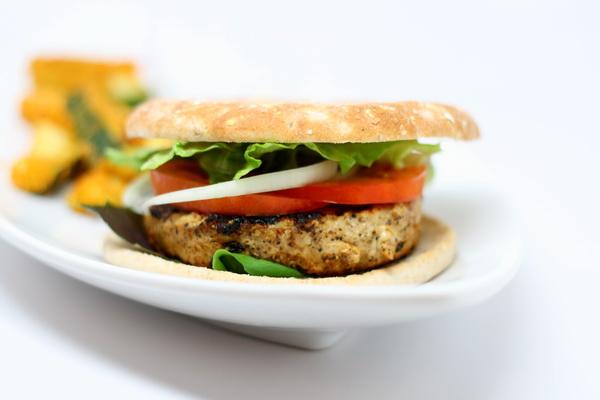 Chicken Burger Deluxe
